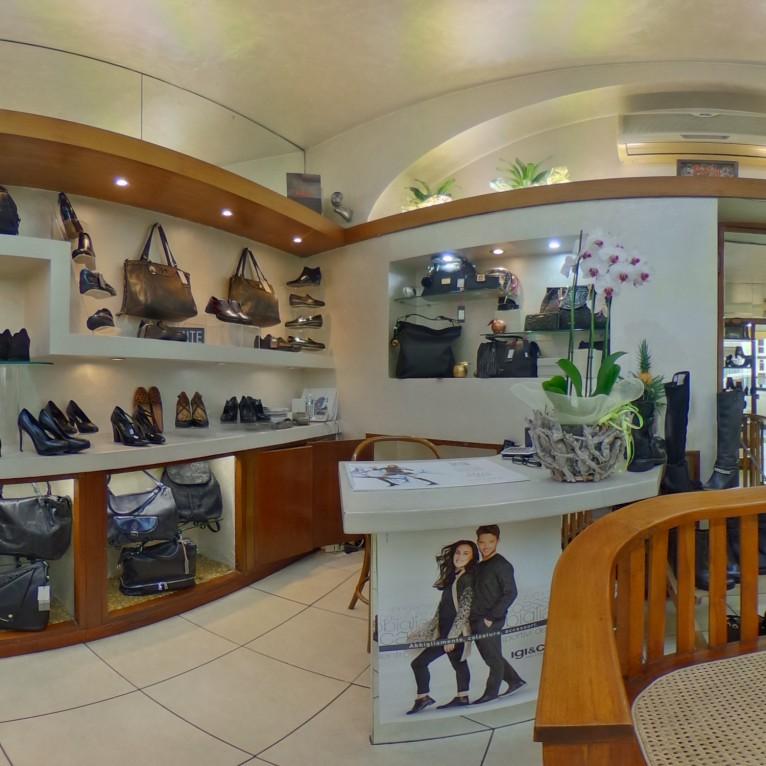 finest selection 66d7e 690f0 Scarpe e dintorni Negozio scarpe Galluzzo